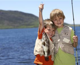 Fishing on Keswick Island - Gold Coast Attractions