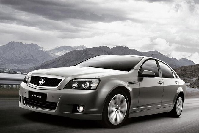 Canberra Private Chauffeured Airport Transport - Gold Coast Attractions